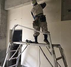 大阪市内某ポンプ施設新築 機械室の断熱・吸音内装材仕上げ工事施工後