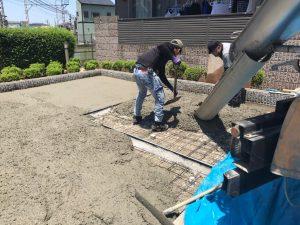 土間打ち 施工中